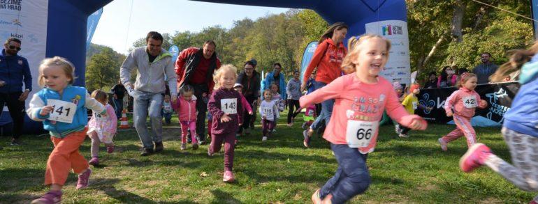 Babí léto a skvělé běžecké časy na finálovém Veveří